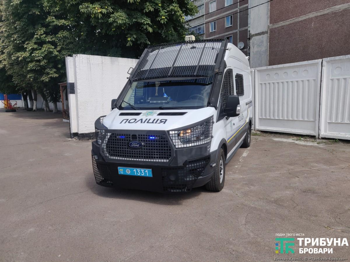 поліційне авто